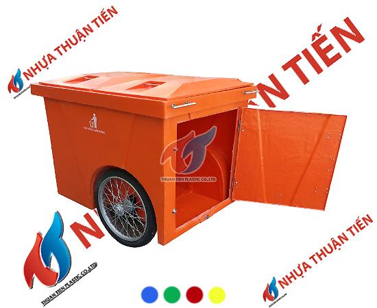 Xe gom rác bảo vệ môi trường