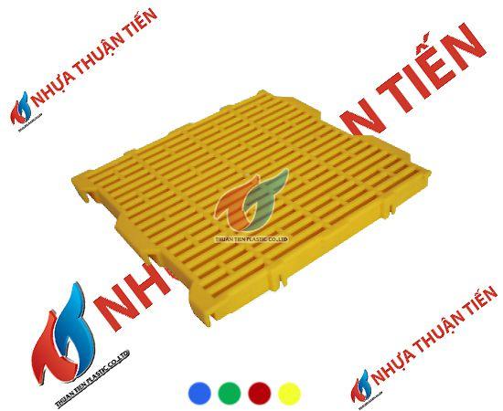 Pallet nhựa lót sàn được sử dụng rất nhiều