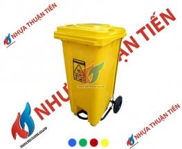 Thùng rác nhựa 120L đạp chân