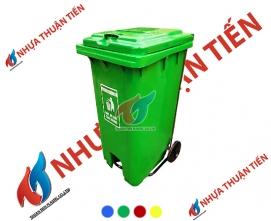 Thùng rác nhựa 240L đạp chân